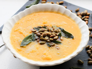 Butternut spuash apple soup feature